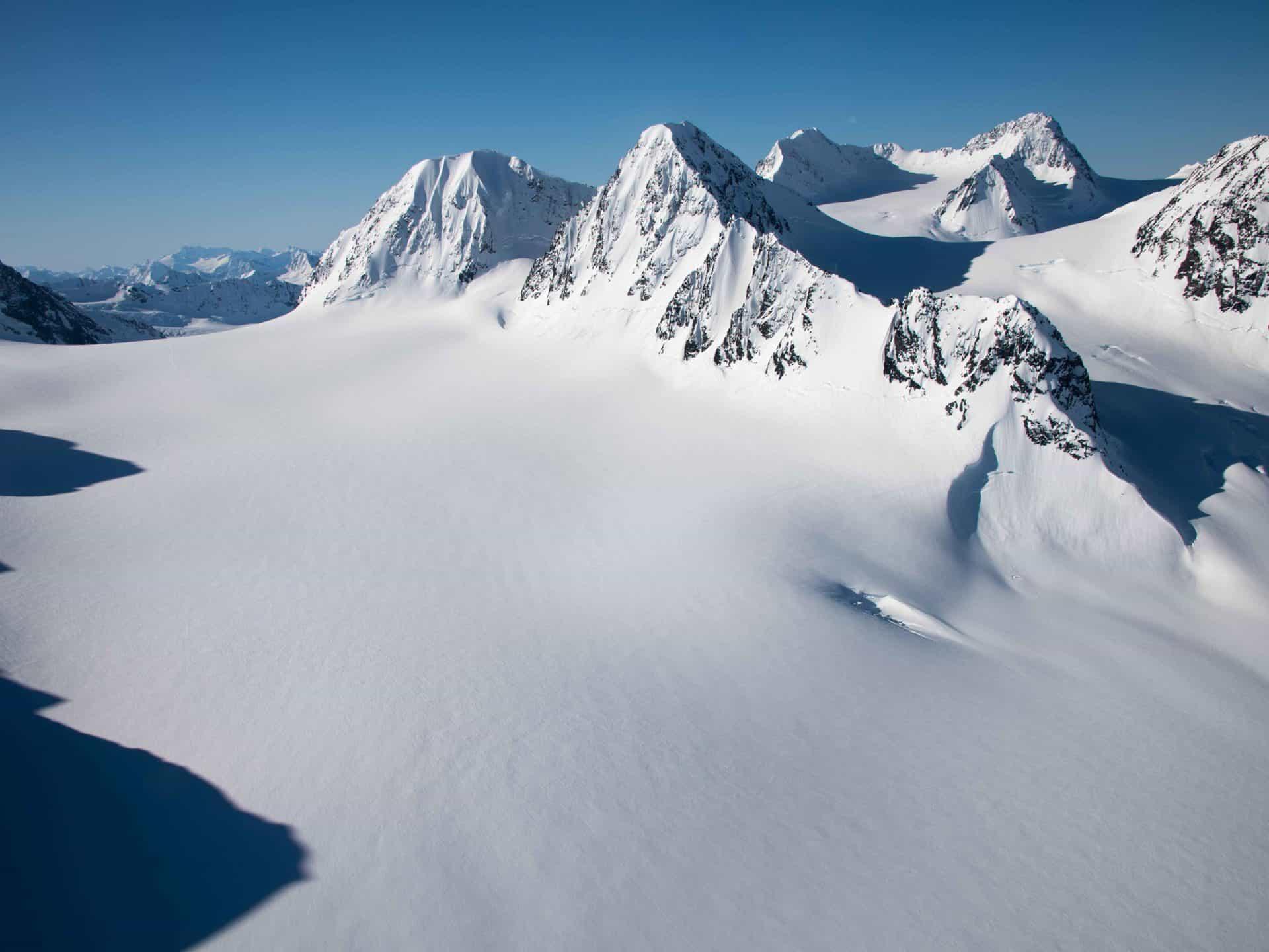 Heli-Assisted-Touring-Alaska